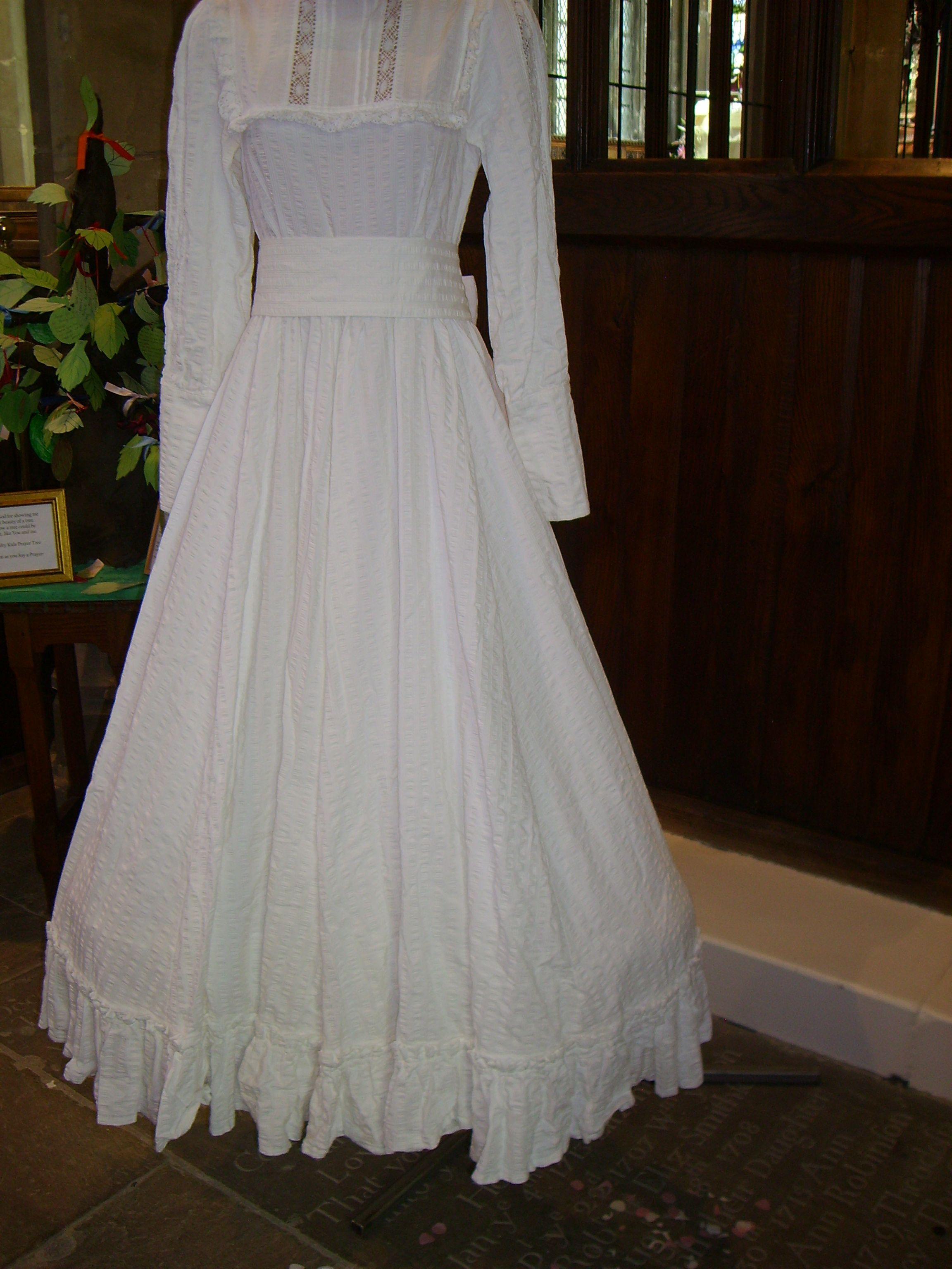 laura ashley wedding dresses Wedding Dresses through the Ages