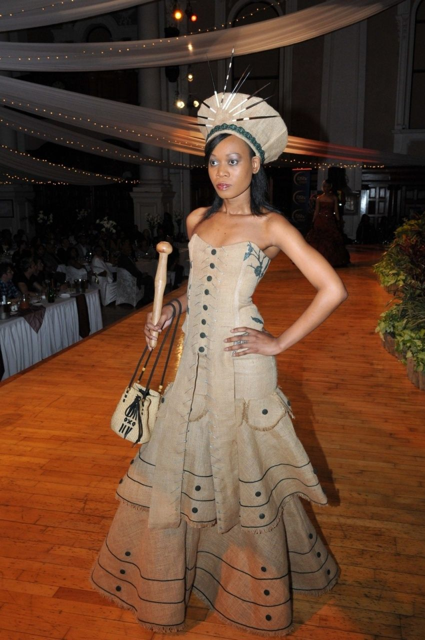 african wedding dress Nigerian Traditional Wedding Dresses traditional dresses Models photos African Traditional Wedding