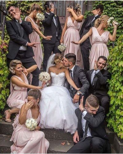 Cute pic with bridesmaids and groomsmen! | weddings ...