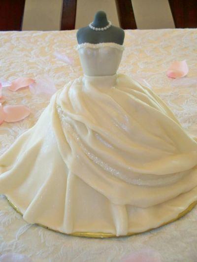 Bridal shower Cakes on Pinterest | Bachelorette Cakes ...