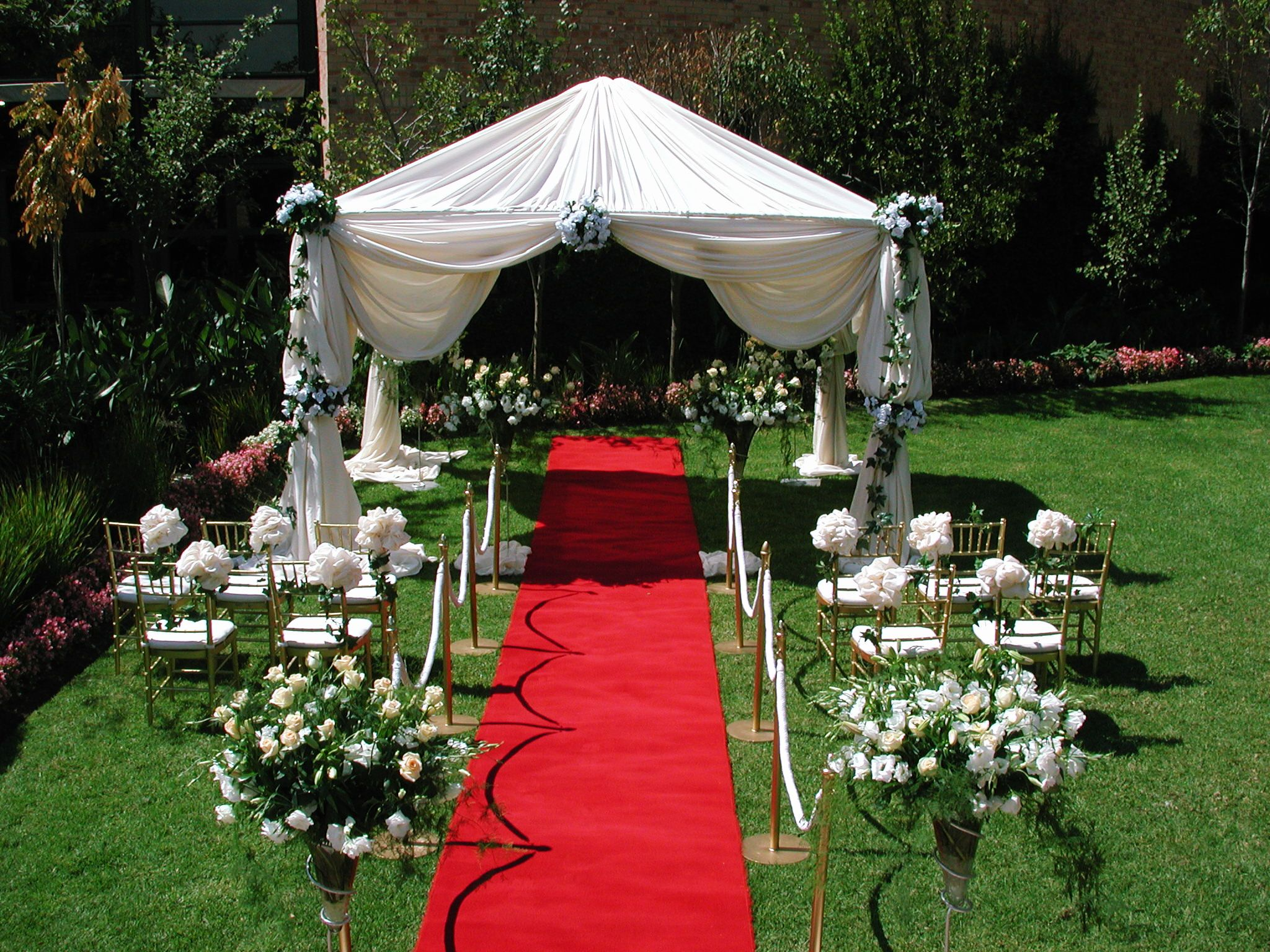 wedding decorations cheap 5 Tips to Decorate Your Outdoor Wedding