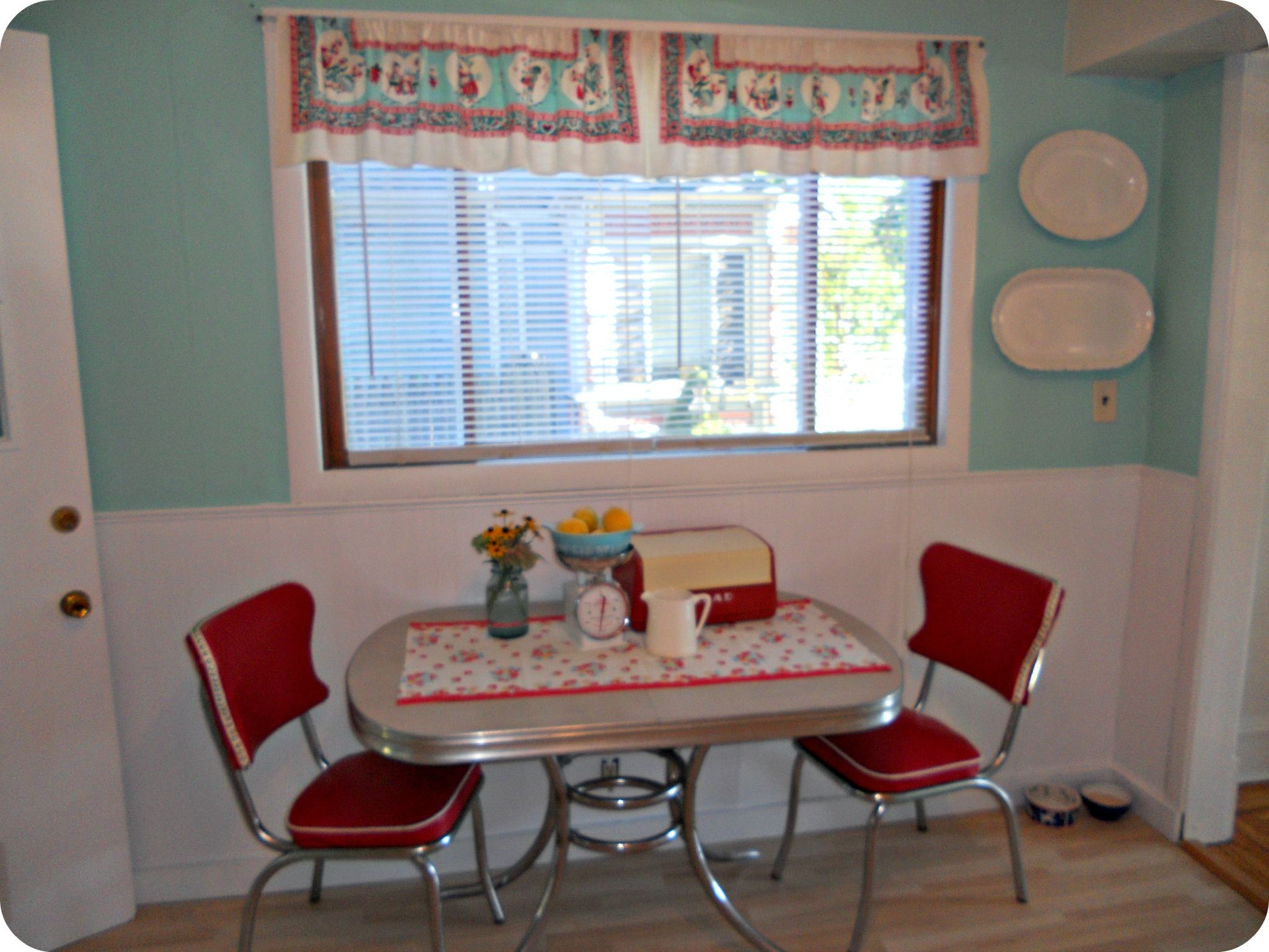 vintage and new chrome kitchen tables and chairs retro kitchen table sets Kitchen Progress
