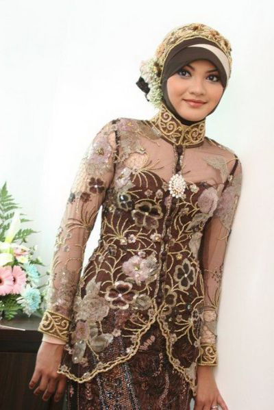 WallpapersWeb.net Provides superb assortment of Beautiful Abayas For Weddings, images and photos ...