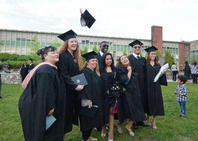 Connecticut lender unveils student loan refinancing program - The Hour