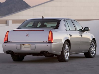 CADILLAC DTS specs & photos - 2005, 2006, 2007 - autoevolution