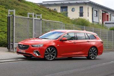 Spyshots: 2018 Opel Insignia GSi Wagon Drops Disguise - autoevolution
