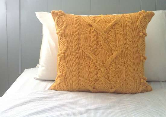 DIY Pillow - Cheap Home Decor - 12