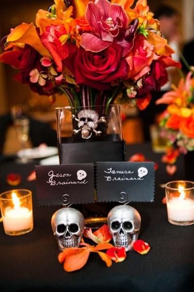 'Til Death Do You Part: 20 Halloween Wedding Ideas | Brit + Co