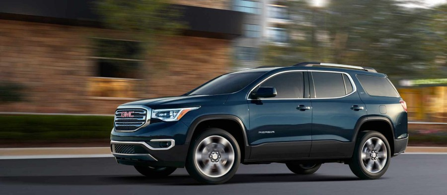 New GMC Acadia Finance Offers Lease Prices from Buick GMC of Beaverton New 2018 GMC Acadia for Sale Portland OR