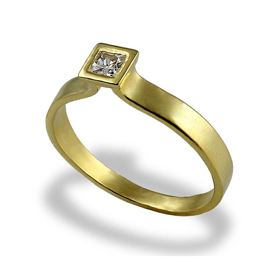 design your own engagement ring with yellow diamond yellow diamond wedding rings Pear Yellow diamond