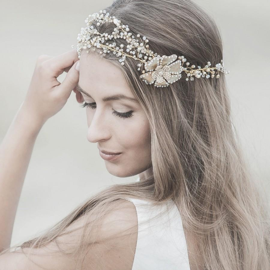 stunning elegant collection hair accessories brides wedding hair accessories Stunning and Elegant Collection of Hair Accessories for Brides
