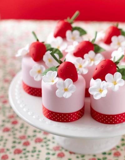 Cake - Bridal Shower Desserts #2493519 - Weddbook