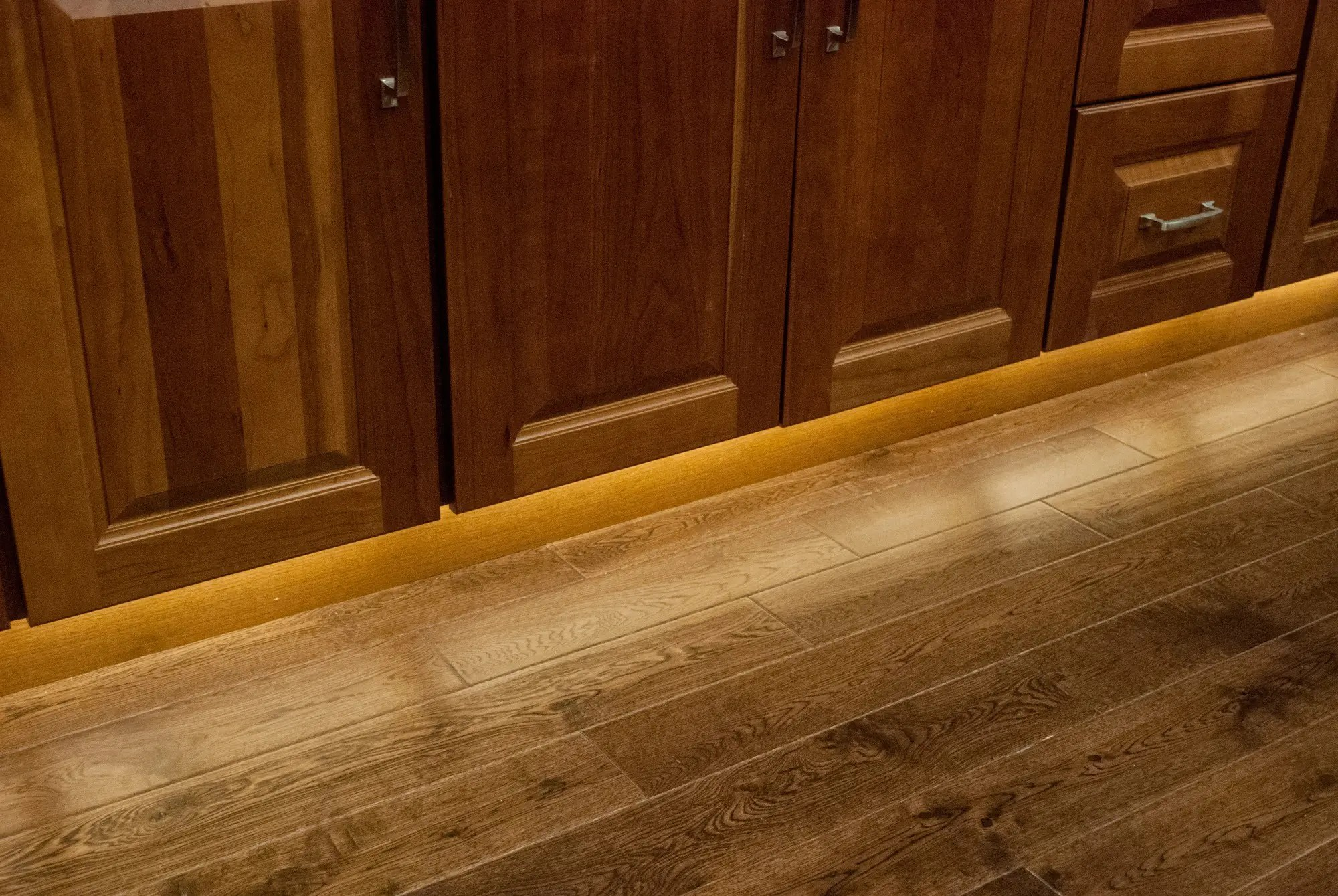 cabinet lighting kitchen cabinet lighting