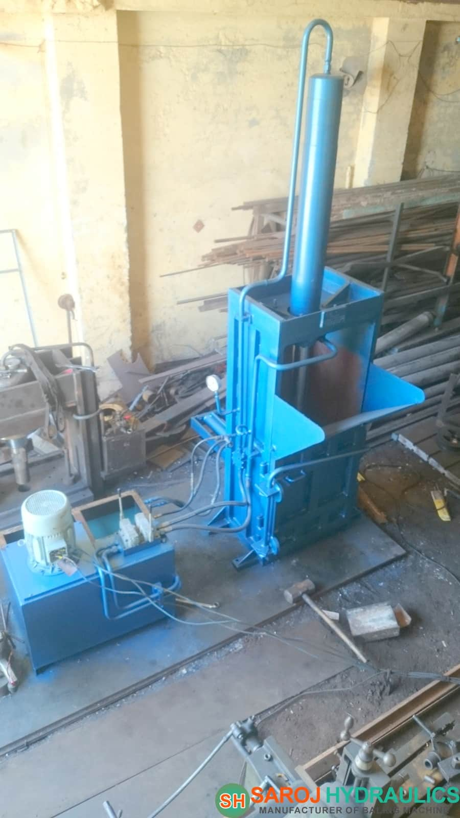pet bottle baling press machine manufacturer of hydraulic waste baling/baler/bale press/pressing machine(manual/automatic baling machine)in (INDIA,new delhi) with competitive price.