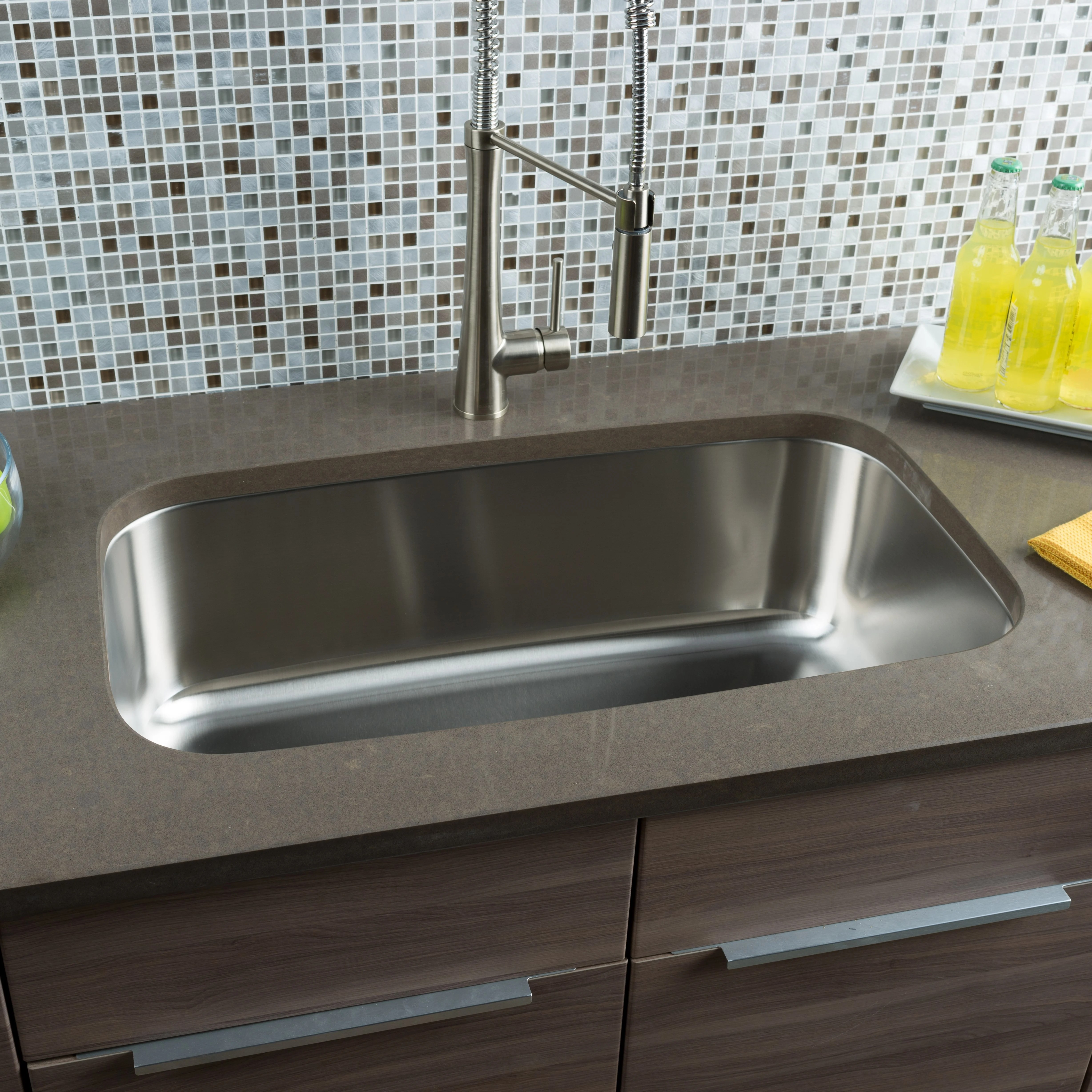 Kitchen Sinks l c O~Hahn hahn kitchen sinks Hahn
