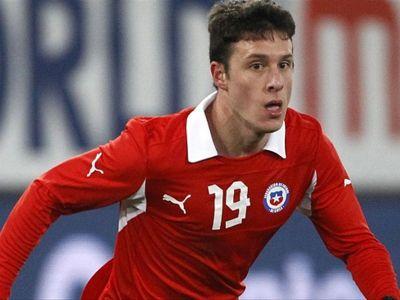 Zaragoza interested in Henriquez loan move   Goal.com