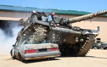 Tank Crushing Car W