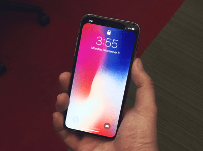 iPhone X wallpaper hides the notch - Business Insider