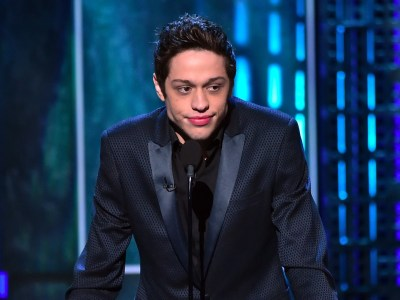'SNL's' Pete Davidson gives tribute to firefighter dad who died on 9/11 - Business Insider