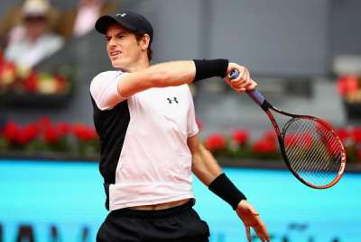 Madrid Open: Andy Murray breezes past Giles Simon into quarter-final