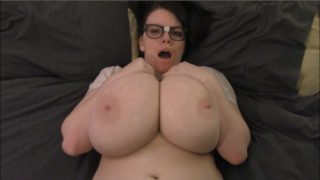 Lovely Lilith – Geeky Step Sister Wants Her Cherry Popped