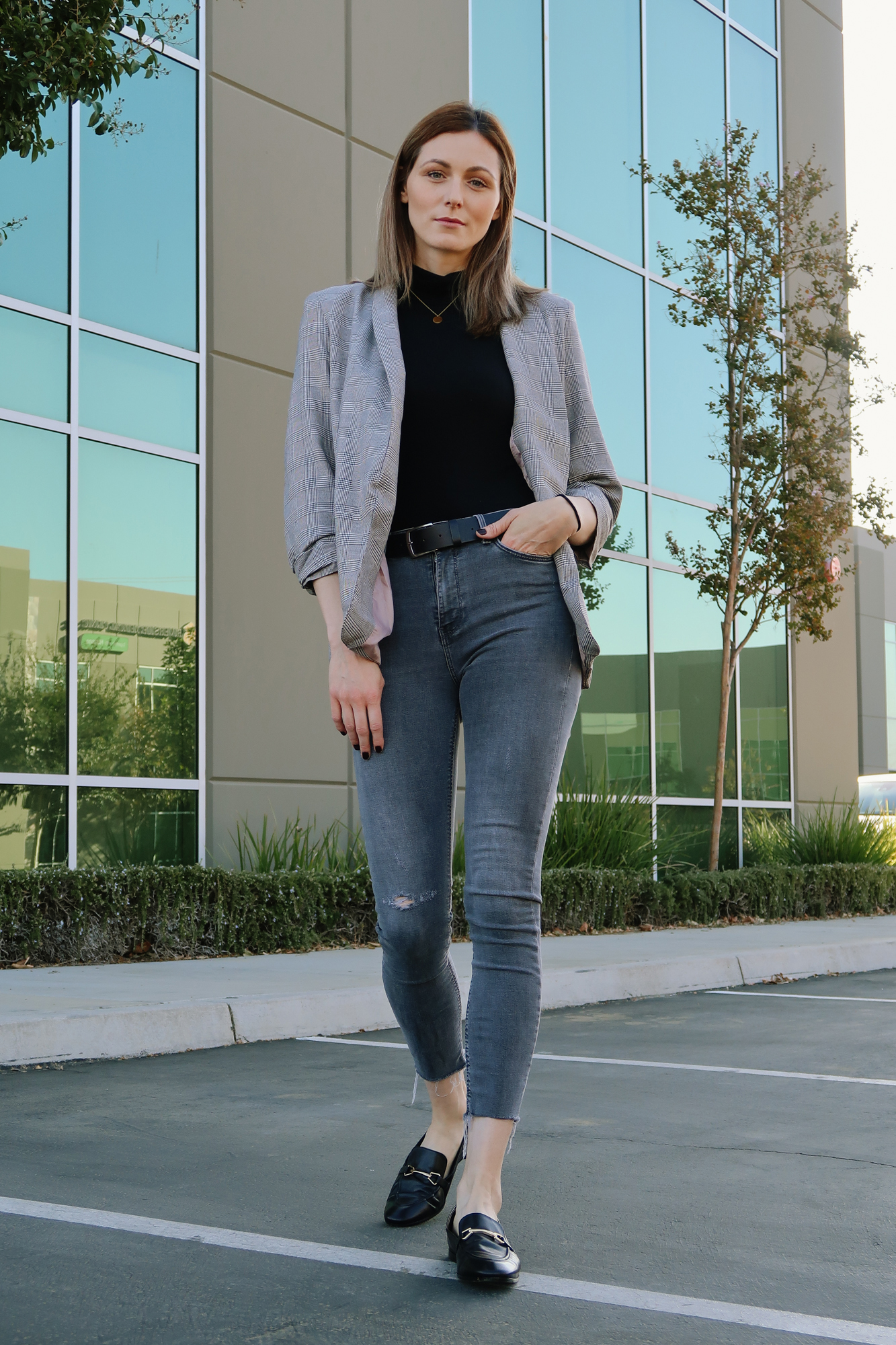 Casual outfit with a plaid blazer | Easy Casual Outfits To Try Right Now by popular California fashion blog, Tea Cups and Tulips: image of a woman outside wearing a SheIn Shawl Collar Pocket Patched Plaid Blazer, Amazon Happiness Boutique Circle Necklace, and Zara ZW PREMIUM SKINNY JEANS IN ARCTIC GRAY.