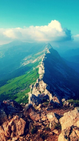 Mountain Ridge - The iPhone Wallpapers
