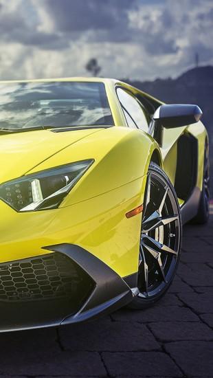 Yellow Lamborghini Aventador Supercar - The iPhone Wallpapers