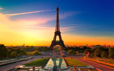 Eiffel Tower | The World Traveling Guide