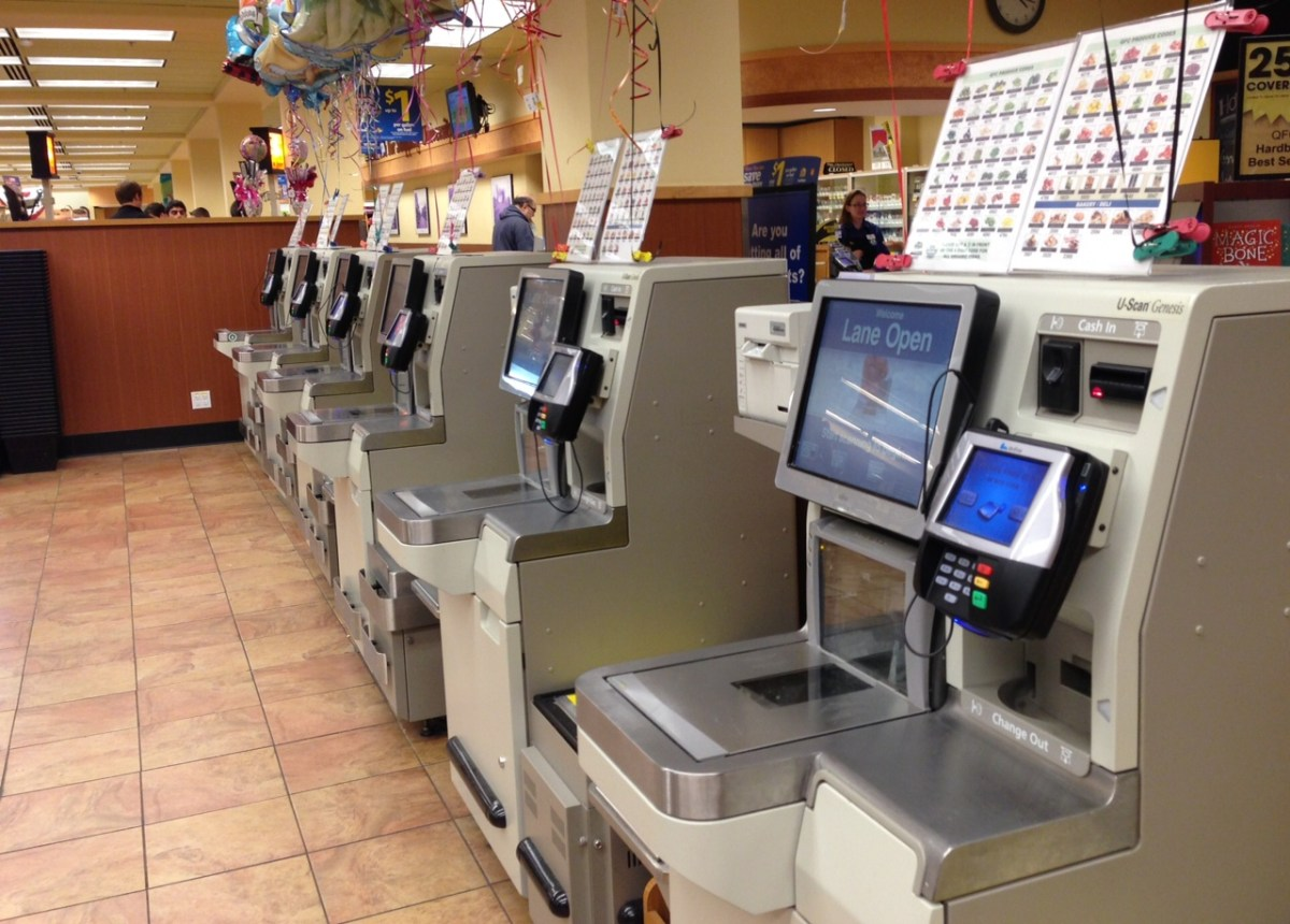 I hate self service at banks and supermarkets – Janet Carr