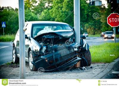 Wrecked Car After Hitting A Lamp Post Royalty Free Stock Photos - Image: 31785308
