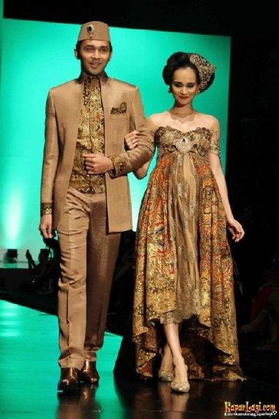 Koleksi kebaya Anne Avantie   Tianna Wedding Organizer