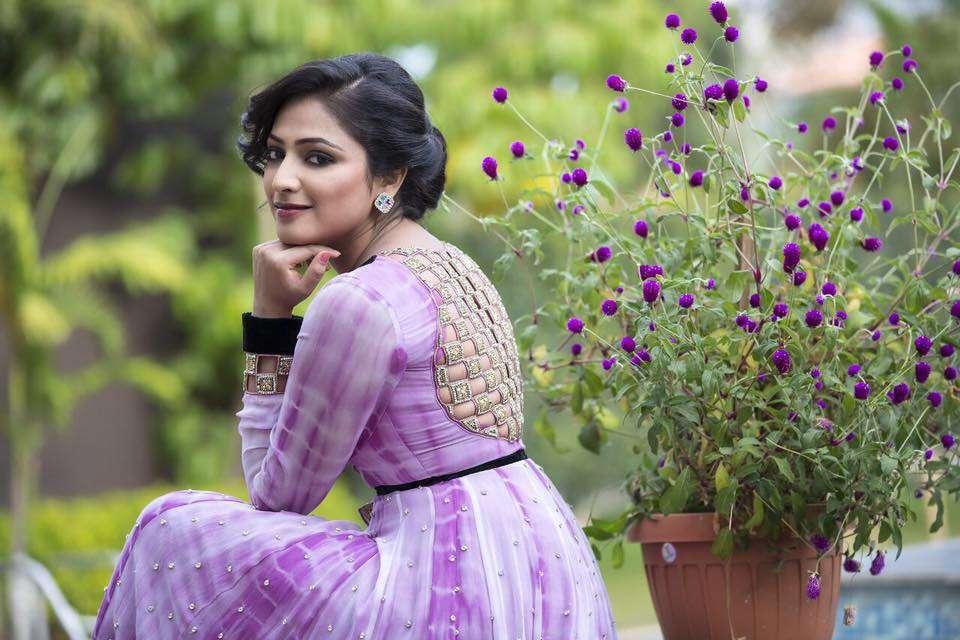 Prem: Hariprriya to act in Life Jothe Vondhu Selfie ...