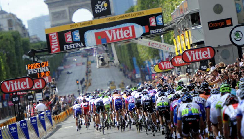 The Ultimate Tour de France VIP Viewing Tour and Package     Ultimate     Fans of the world s most famous cycling event can now hurl themselves into  the whirl of the full 2018 Tour de France thanks to Sports Tours  International