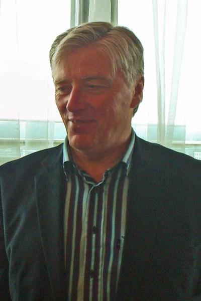 Pat Kenny - Wikipedia