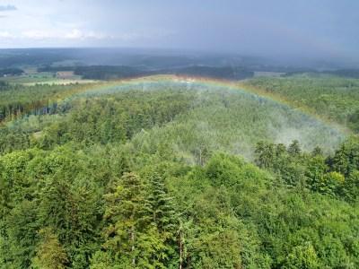 File:Regenbogen-Aussichtsturm.jpg - Wikimedia Commons