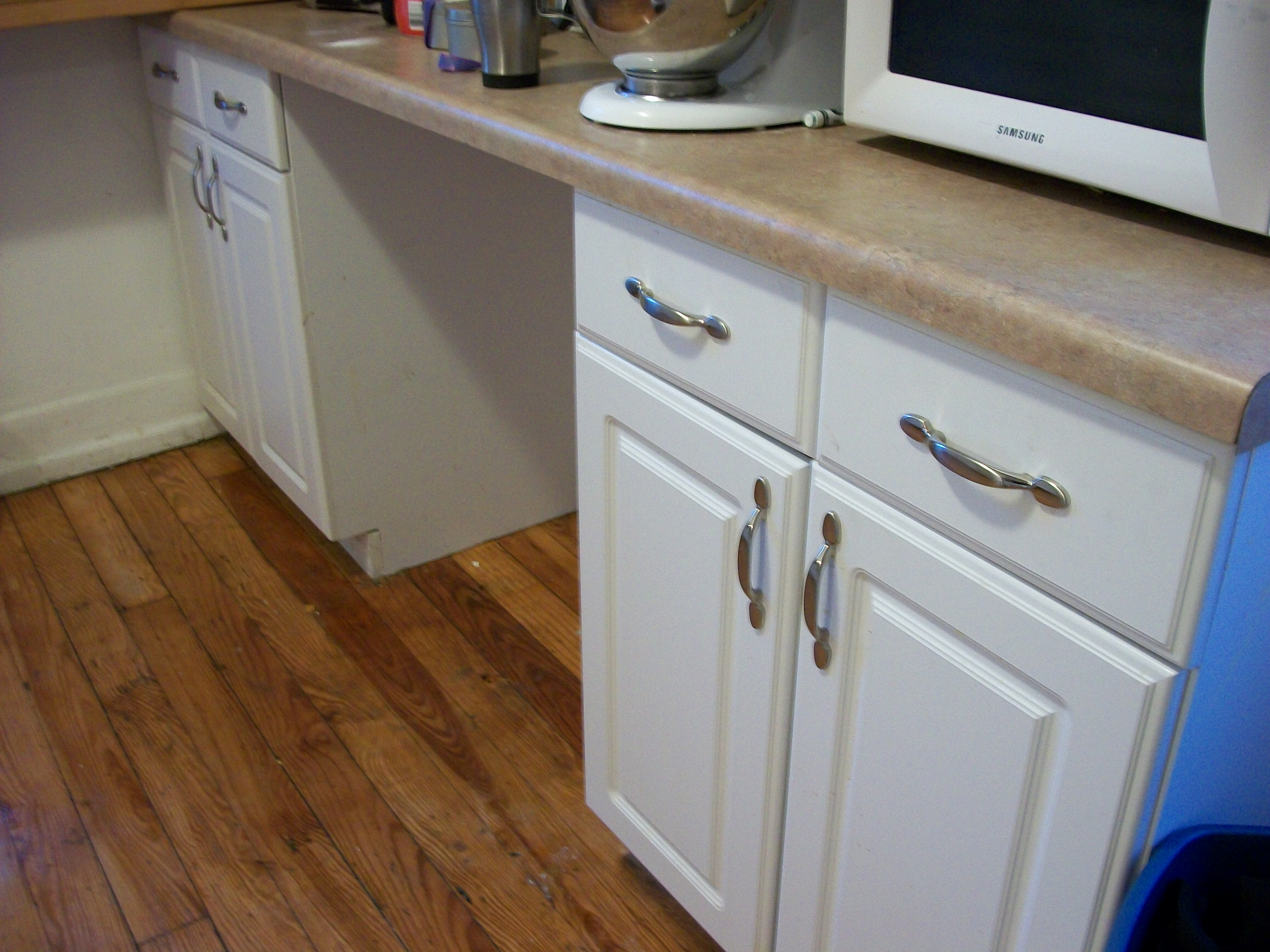 File:Kitchen cabinets drawers installed installing kitchen cabinets File Kitchen cabinets drawers installed