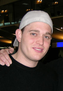 File:Michael Buble at Wellington Airport.png - Wikimedia Commons