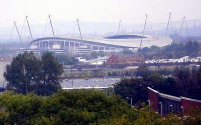 File:Manchester-city-fc-stadium.jpg - Wikimedia Commons