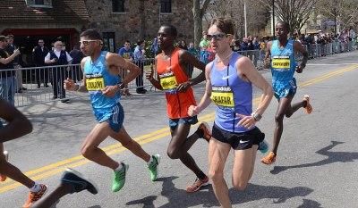 File:2014 Boston Marathon last few lead men.JPG - Wikimedia Commons