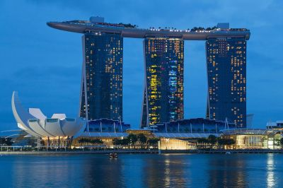 File:2016 Singapur, Downtown Core, Marina Bay Sands i ArtScience Museum (10).jpg - Wikimedia Commons