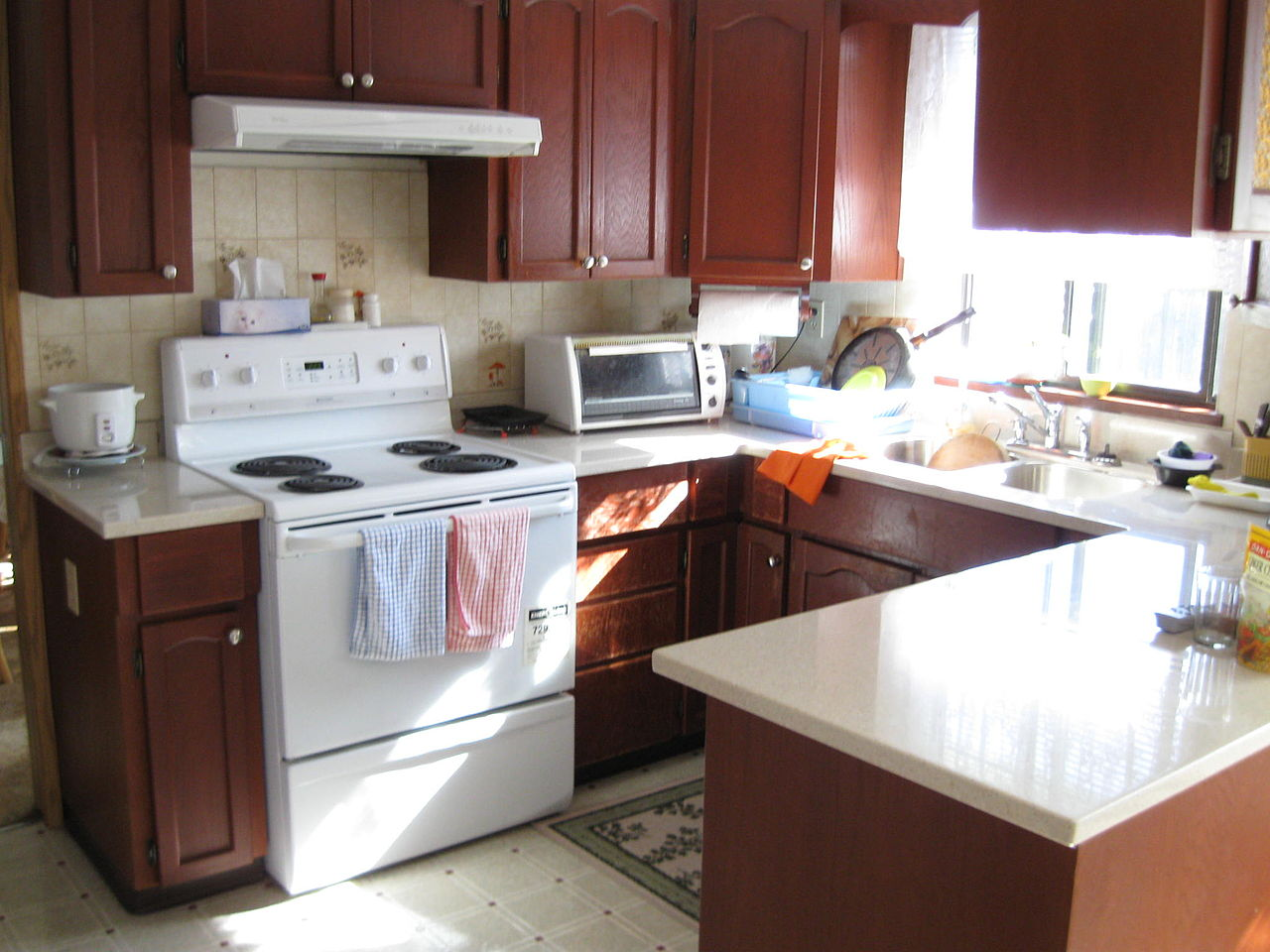File:Humble kitchen08 corian kitchen countertops File Humble kitchen08