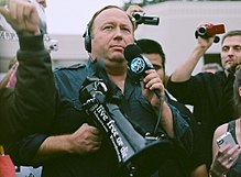 Alex Jones - Wikipedia