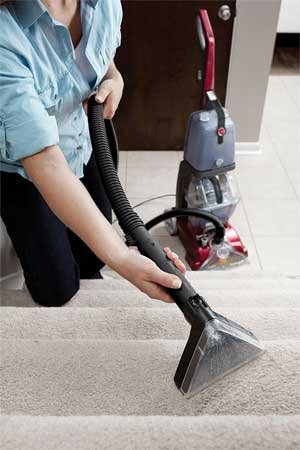Using The Attachment of the Hoover FH50150 Power Scrub