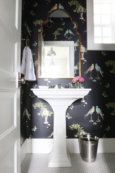 8 Fabulous Powder Rooms That Will Inspire A Makeover   VIYET