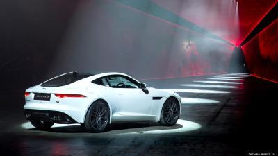 Jaguar F Type R Wallpaper HD Download