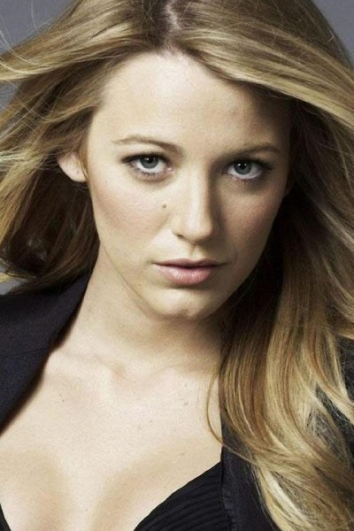 640x960 Blake Lively Close-up 3 Iphone 4 wallpaper