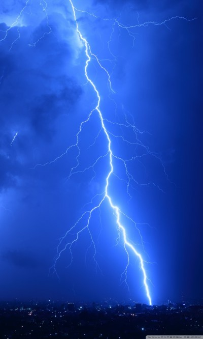 Cool Lightning Strikes 4K HD Desktop Wallpaper for 4K Ultra HD TV • Wide & Ultra Widescreen ...