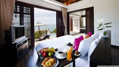 Hotel Room 4K HD Desktop Wallpaper for 4K Ultra HD TV • Tablet • Smartphone • Mobile Devices