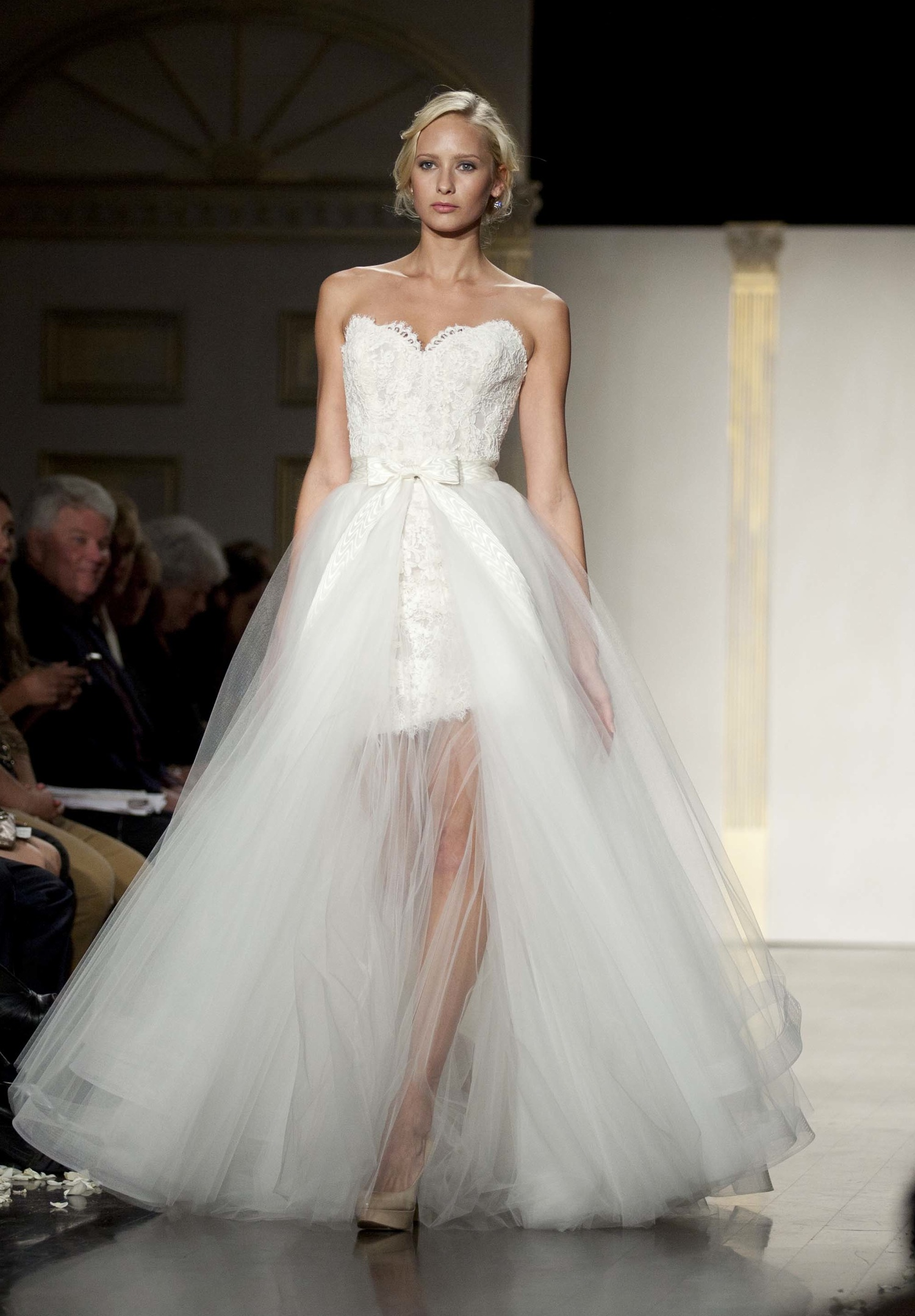 designer wedding dress hire designer wedding dress rental Designer Wedding Dress Hire Uk
